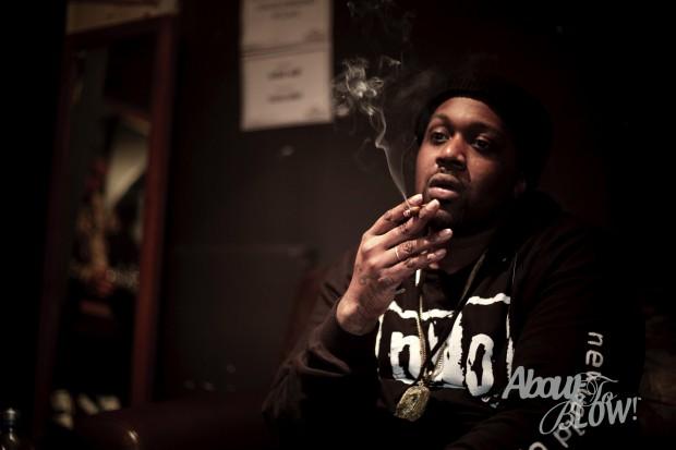 Smoke DZA Substance Abuse