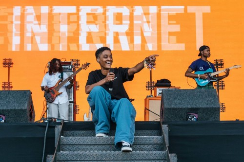 The internet lovebox